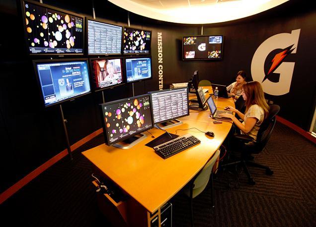 social media center
