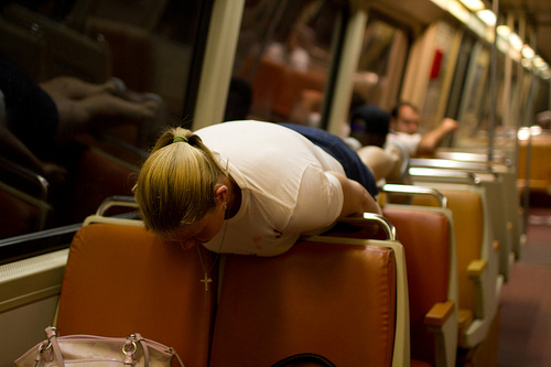 Planking en el metro